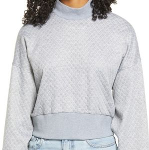 SocialiteTextured Mock Neck Pullover size LARGE